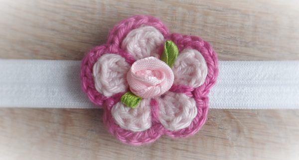 hippe haarbandjes met gehaakte bloemetjes
