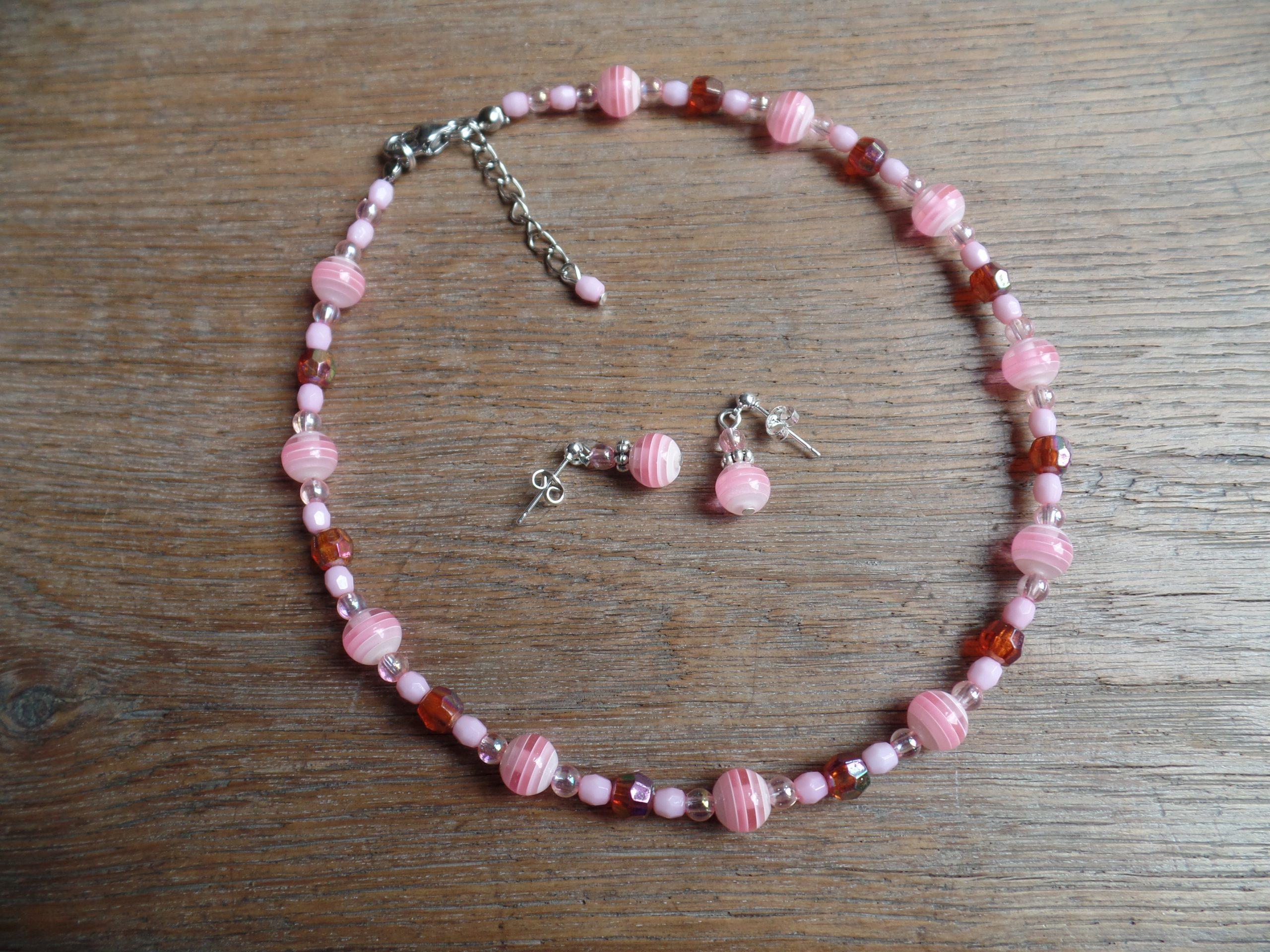 roze kinderkettinkje